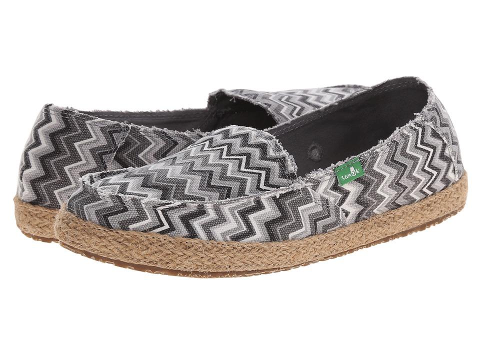 Sanuk Funky Fiona Black/White Chevron Womens Slip on Shoes