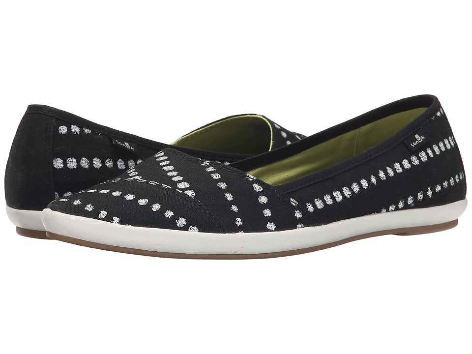 Sanuk - Kat Prowl Prints (Black/White Dots) Women