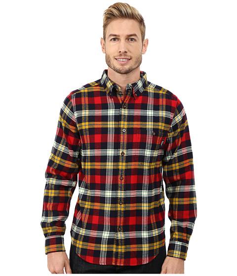 Woolrich trout run flannel shirt modern fit navy yarn dye for Athletic cut flannel shirts