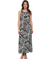 TWO by Vince Camuto - Sleeveless Jungle Escape Keyhole Maxi Dress