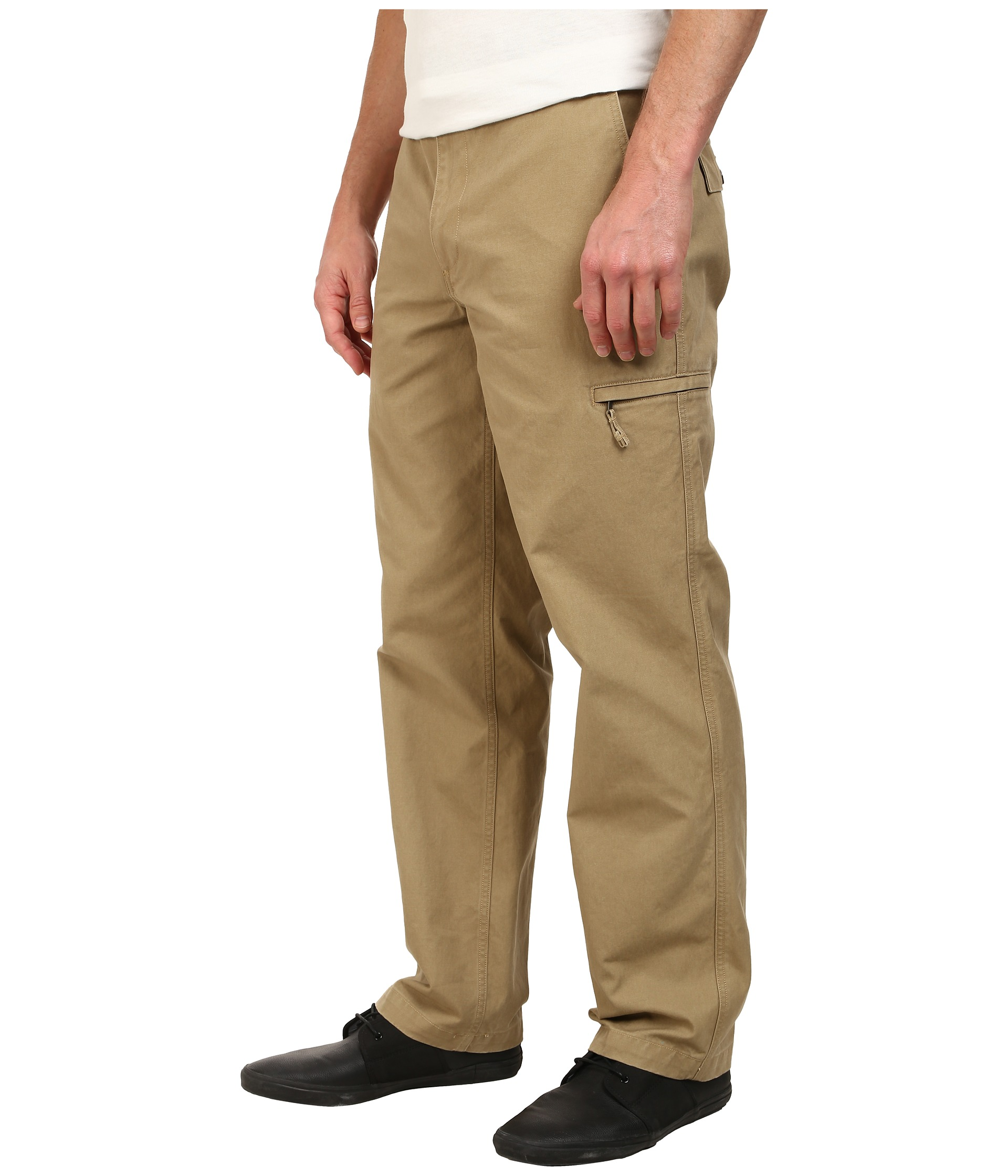Dockers Men's D3 Crossover Cargo Pants at Zappos.com