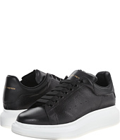 Alexander McQueen - Low Top Sneaker