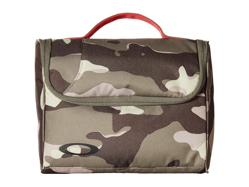 Oakley - Body Bag 2.0 (Olive Camo) Bags
