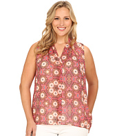 Vince Camuto Plus - Plus Size Moroccan Mirage Sleeveless Casablance V Blouse w/ Back Keyhole