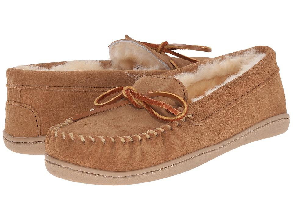Minnetonka - Sheepskin Hardsole Moc (Golden Tan) Womens Moccasin Shoes
