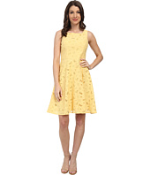 Maggy London - Stylized Daisy Lace Fit & Flare