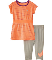 Nike Kids - Varigated Dot Aop Tunic & Capris Set (Toddler)