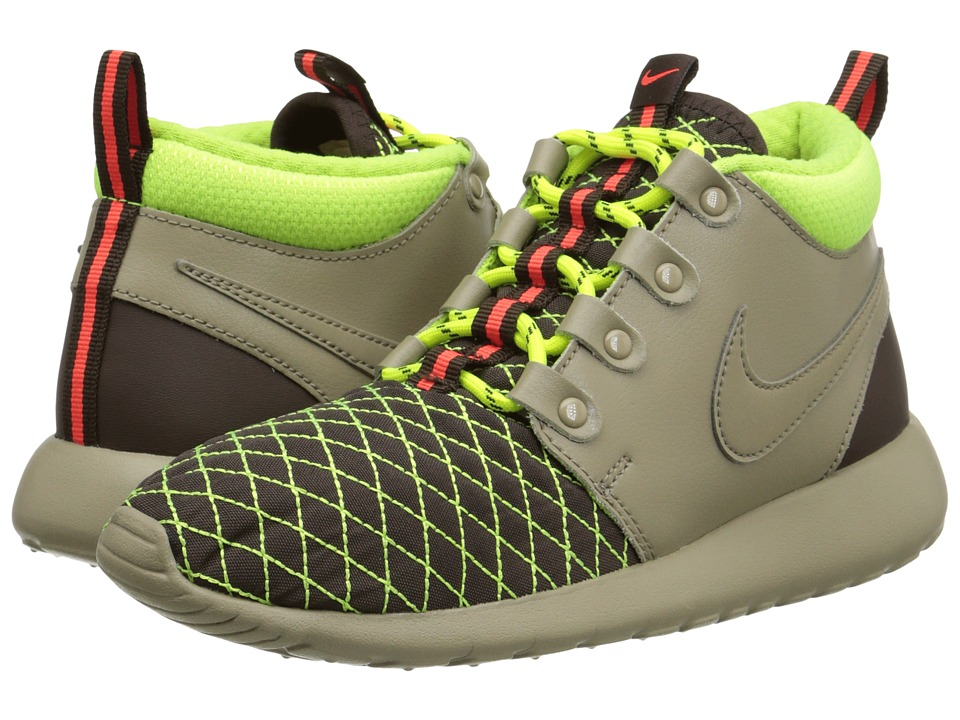vckdig Nike Kids Roshe One Mid Winter GS (Big Kid) - 6pm.com