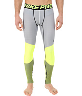 Nike - Hyperwarm Dri-Fit™ Max Compression 5 Quarter Tights