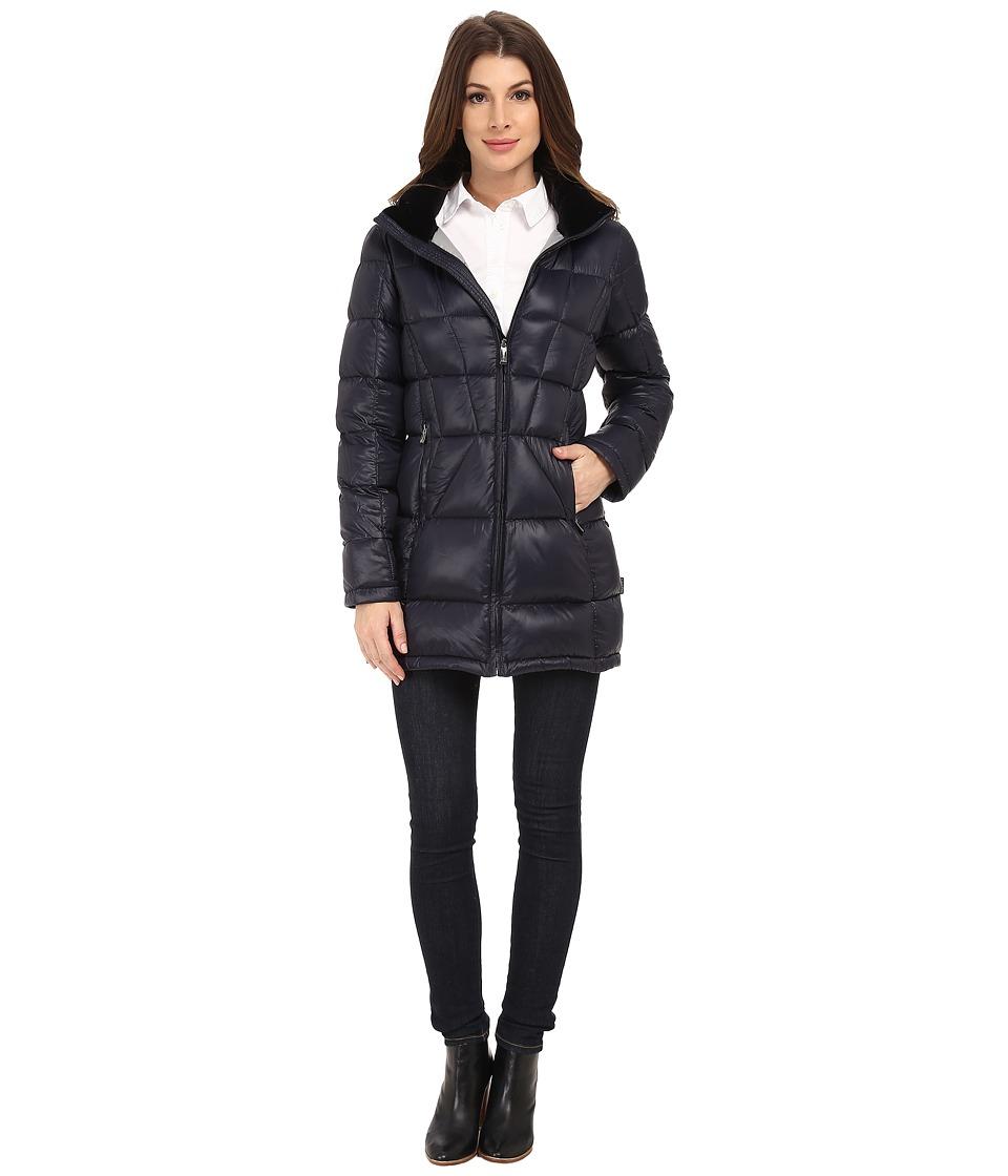 Calvin Klein Packable Down Walker Coat with Velvet Collar...