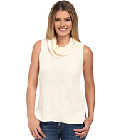 TWO by Vince Camuto - Sleeveless Travelling Waffle Stitch Turtleneck