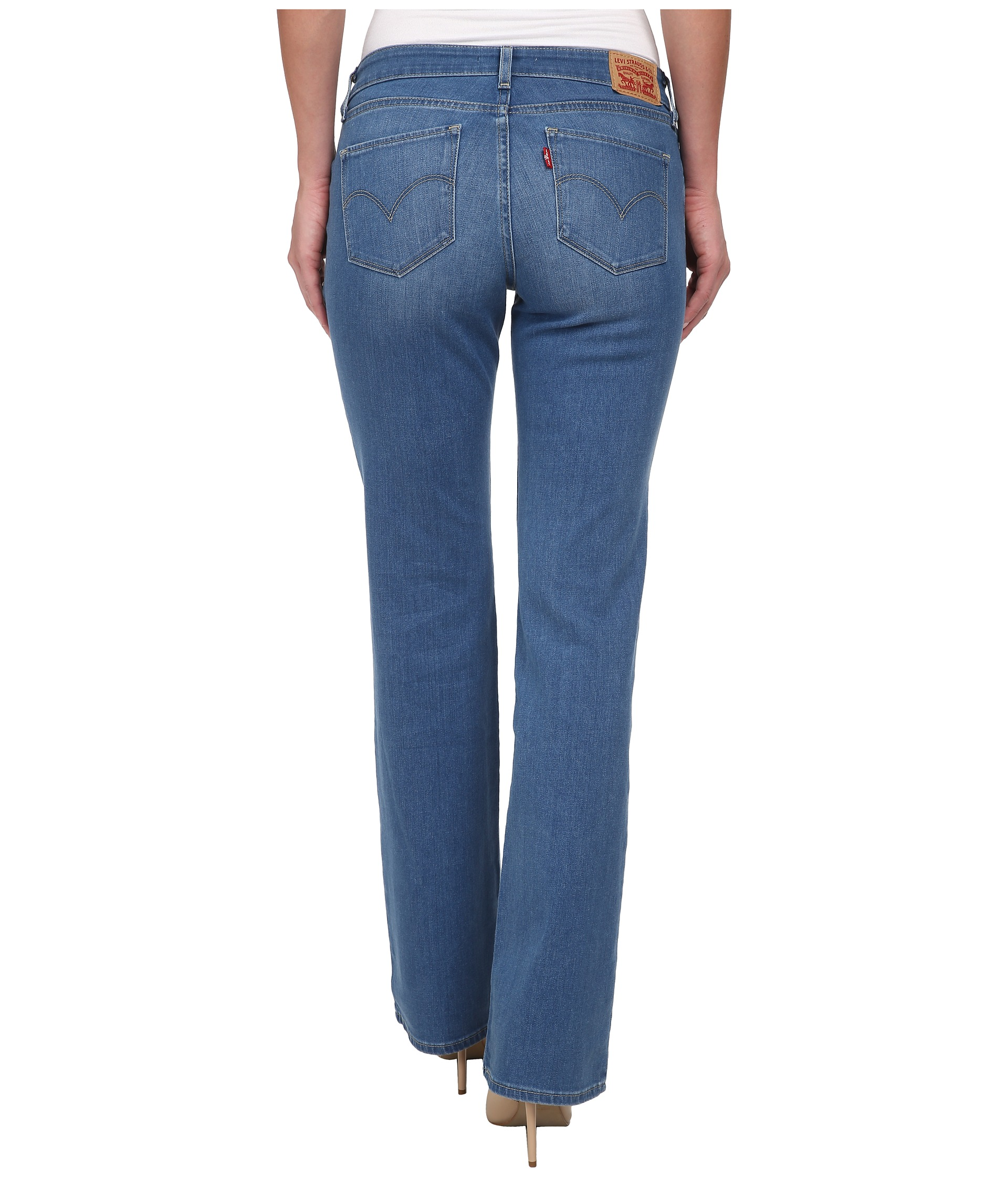 Look fashionable and trendy while maintaining movability with women's bootcut jeans from Lee. Shop our wide range of bootcut jeans online today.