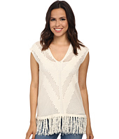 Vince Camuto - Sleeveless V-Neck Pointelle Sweater w/ Fringe