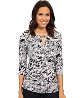 Vince Camuto - 3/4 Sleeve Medley Keyhole Top w/ Hardware