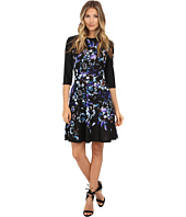 Donna Morgan - 3/4 Sleeve Printed Scuba Fit and Flare Dress