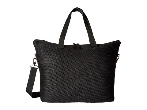 Under Armour On The Run Tote - Black/Black/Black