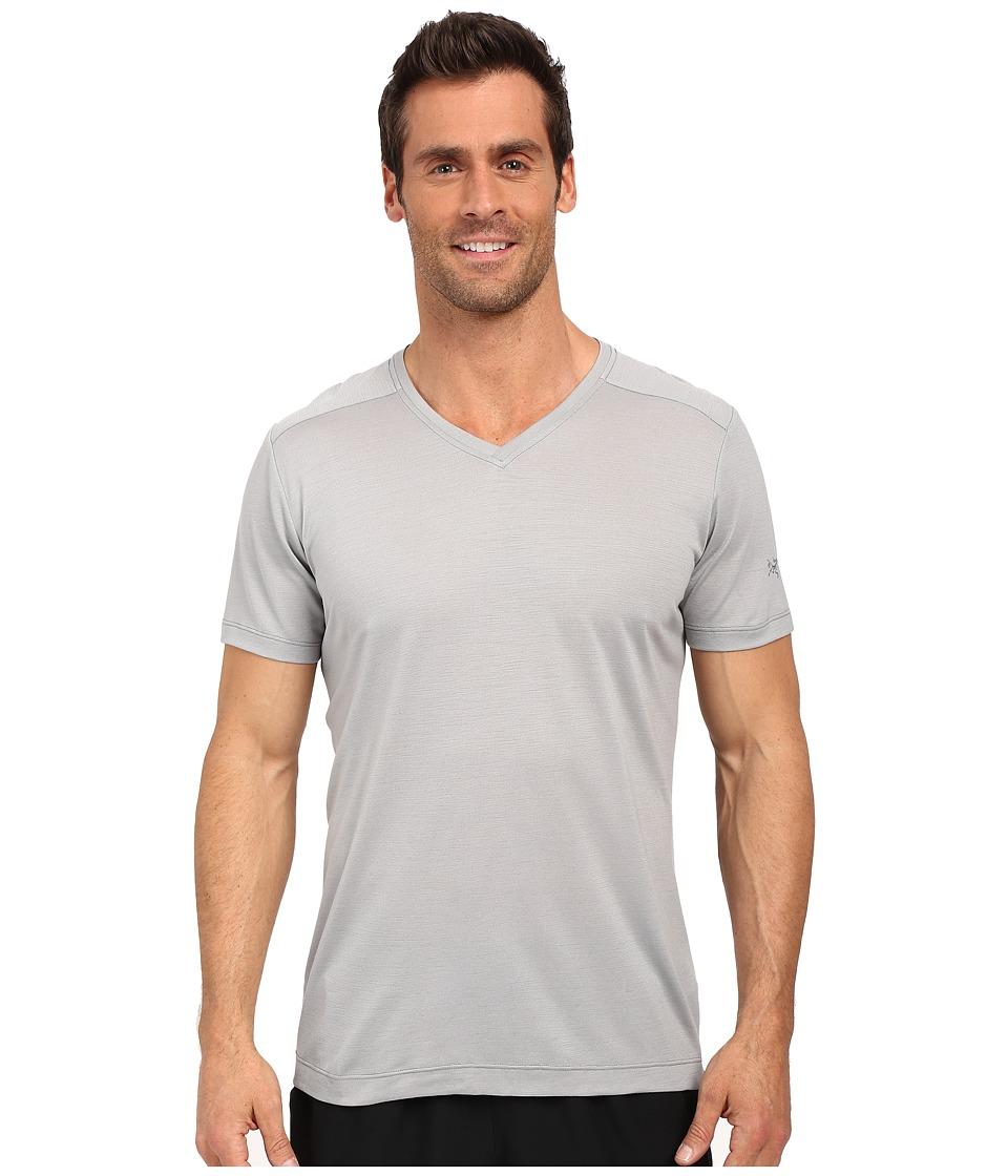 Arcteryx A2B V Neck Crest Mens Clothing