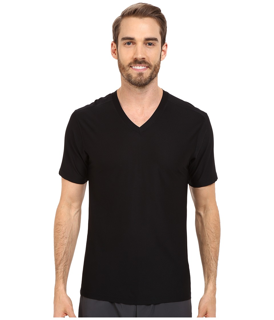 ExOfficio Give-N-Go(r) V-Neck (Black) Men