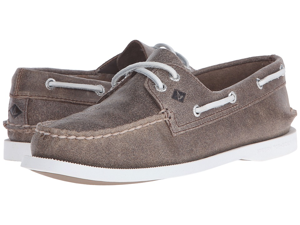 Sperry Top-Sider - A/O 2 Eye White Cap (Brown) Women