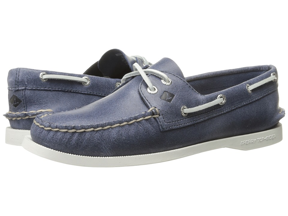 Sperry Top-Sider - A/O 2 Eye White Cap (Navy) Women