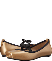 Mini Melissa - Mel Ballet Bow (Little Kid/Big Kid)