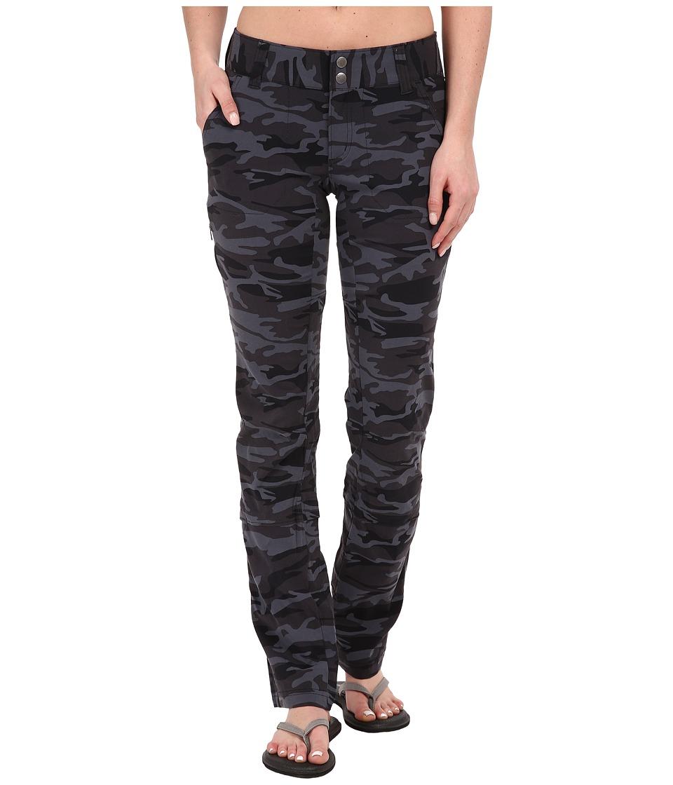 Columbia - Saturday Trailtm Printed Pants (Black Camo) Womens Casual Pants