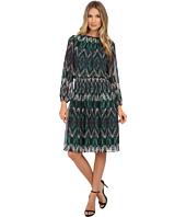 Jessica Howard - One-Piece Balloon Sleeve Shirred Neck Smocked Waist Dress with Shirred Skirt