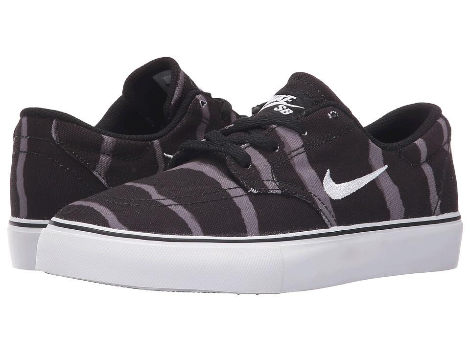 Nike SB Kids SB Clutch PRM Big Kid Black/Gum Light Brown/Dark Grey/White Boys Shoes