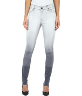 DKNY Jeans - Hang Bleach Manhattan High Rise in Grey