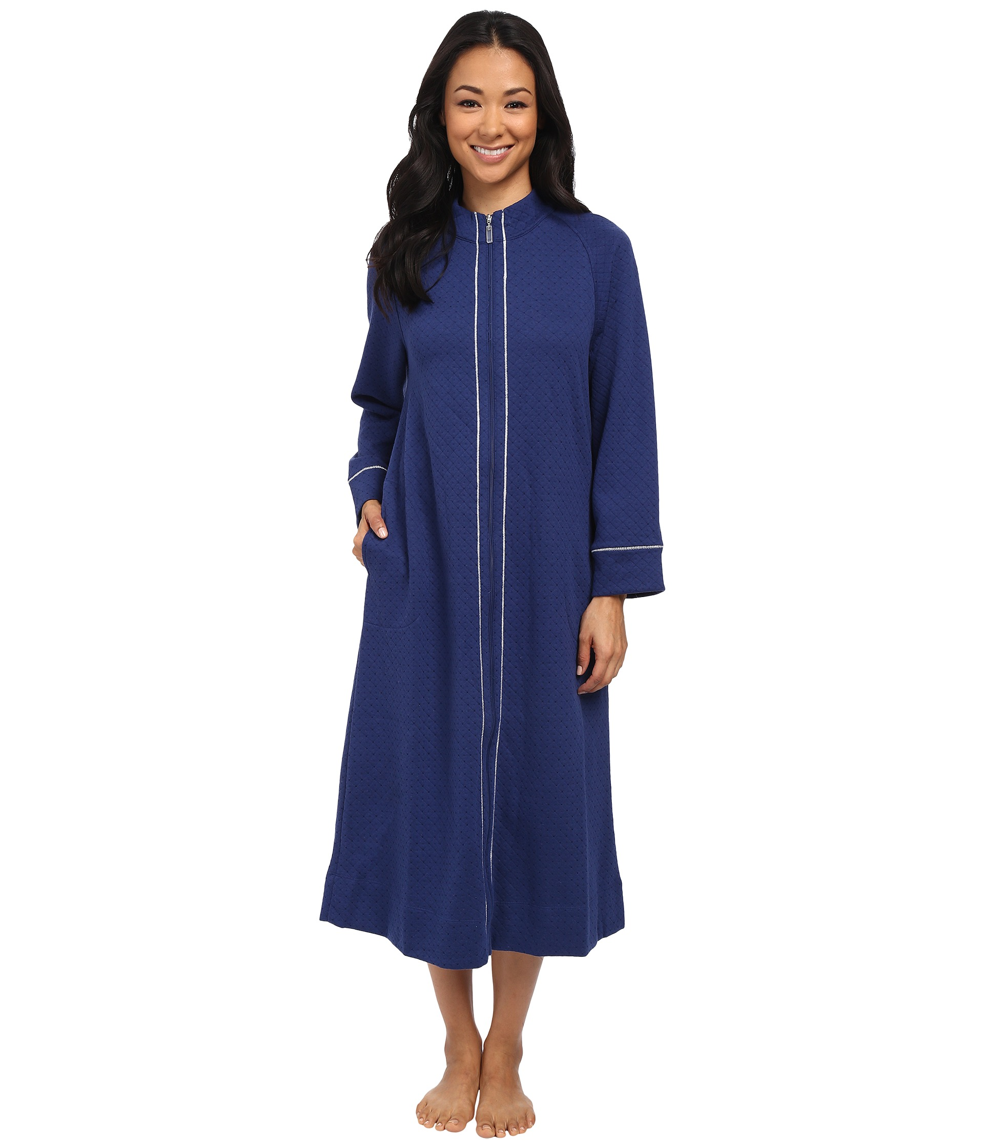 Free shipping on women's robes at 0549sahibi.tk Shop by length, style, color from Barefoot Dreams, Natori, UGG, Lauren Ralph Lauren & more from the best brands. Free shipping and returns.