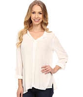 Bobeau - Pleat Back Woven Blouse