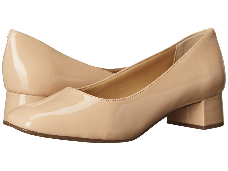 Trotters Lola (Nude Soft Patent Leather) Women