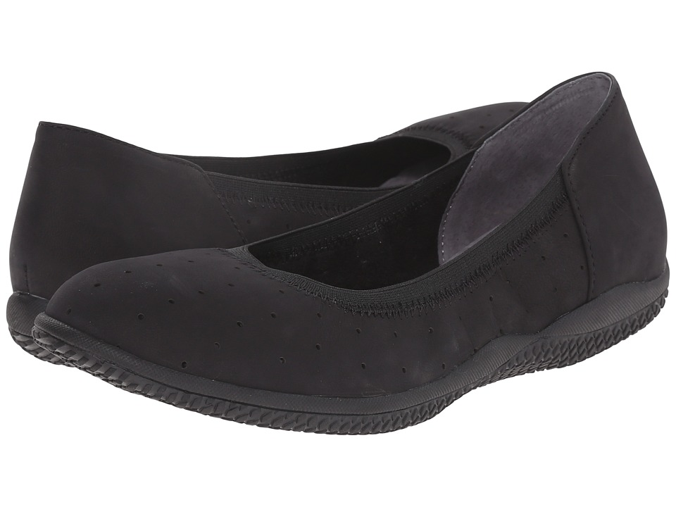 SoftWalk - Hampshire (Black Nubuck Leather) Women