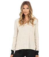 Three Dots - Long Sleeve Raglan V-Neck