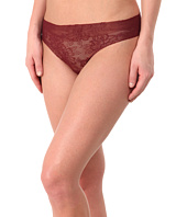 Commando - Weightless Lace Thong LT18