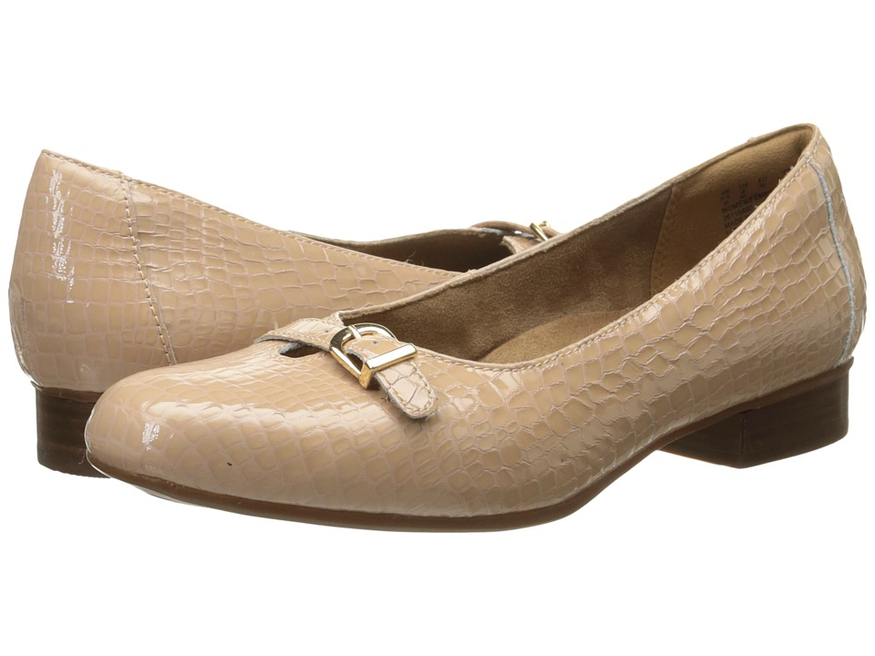 Clarks - Keesha Raine (Nude Croc Patent Leather) Women