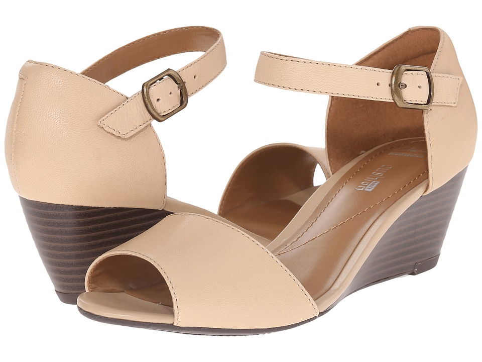 Clarks Brielle Drive Nude Leather Womens Wedge Shoes
