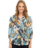 TWO by Vince Camuto - Long Sleeve Blurry Dream Ruched Splitneck Blouse