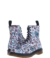 Dr. Martens - Page Wanderlust 8-Eye Boot