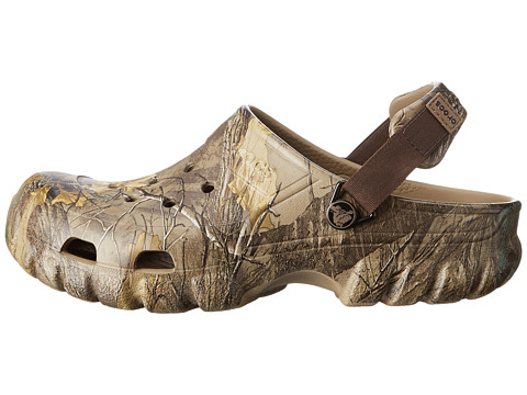 d0fc7998f1fb69 Crocs Off Road Sport Realtree Xtra Khaki on PopScreen