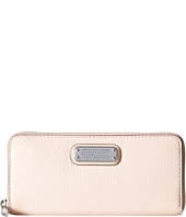 Marc by Marc Jacobs - New Q Slim Zip Around