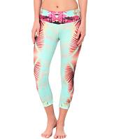 Onzie - Fiji Graphic Capri Pants