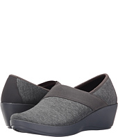 Crocs - Busy Day Heathered Asymmetrical Wedge