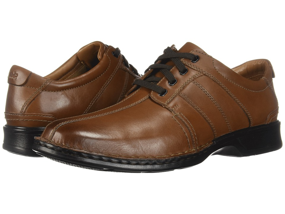 Clarks - Touareg Vibe (Brown Leather) Mens  Shoes