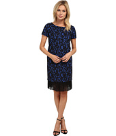 Adrianna Papell - Scoop Neck Short Sleeve Lace Dress