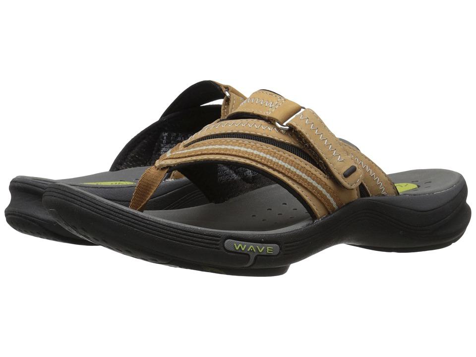 Clarks Wave Coast (Smokey Brown Nubuck) Women's Shoes