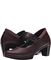 Naot Footwear - Corallo