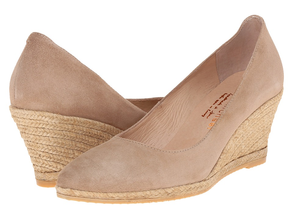 Eric Michael Teva (Camel) Women's Shoes