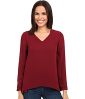 Olive & Oak - Long Sleeve Woven V-Neck Top