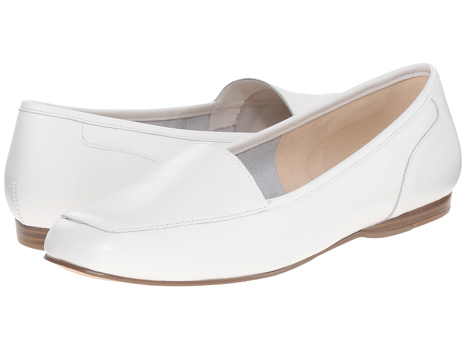 Bandolino Liberty White Leather Womens Slip on Shoes